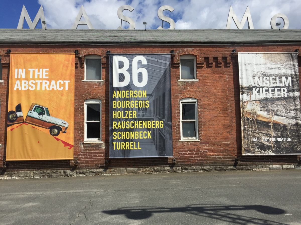 MassMoCa - visiting the largest museum of the U.S.A.